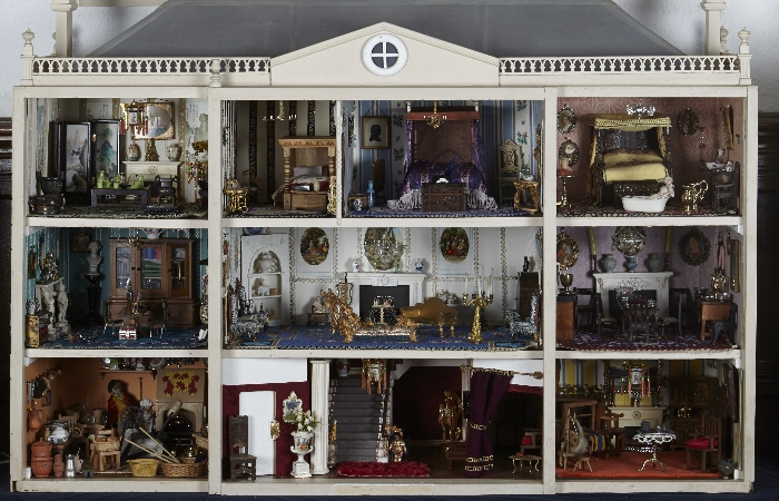 Dolls 2 - Dolls' House Collection
