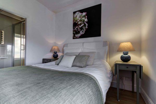 IT bedroom 2 600x400 - Irishman's Tower